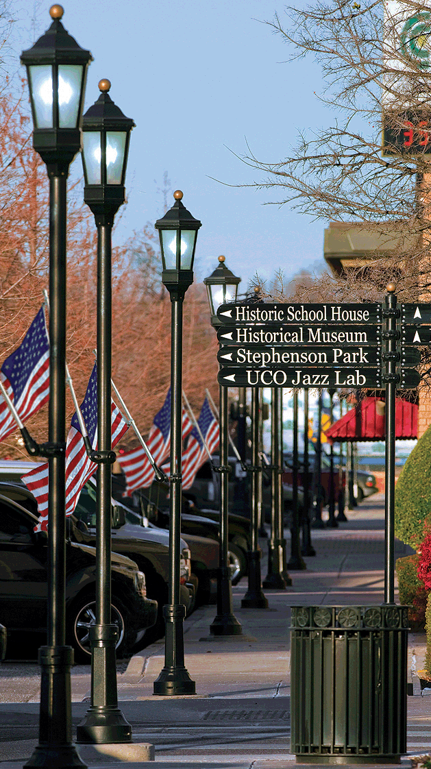 Streetscape To The North Of Hickory Click To Close: Downtown Streetscape Plans Emerge